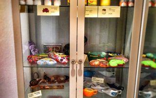 Produkte zum Verkauf im Yoga und Ayurveda Zentrum Hofheim